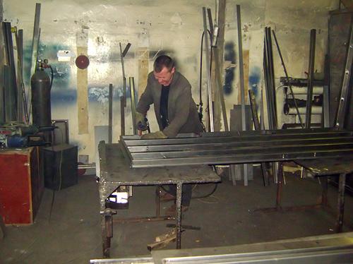 изготовление стальных дверей на кладовках